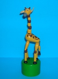 Giraffe - Large - Safari - Round Base - Czech