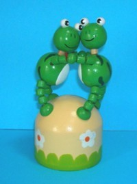 Frogs - Frog Double Dancing - Dome Base - Push Puppet
